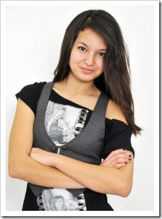 Sarah Lahbati.jpg
